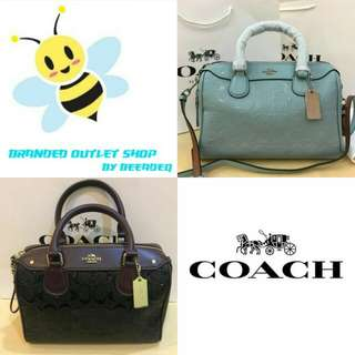 COACH BANNET SIGNATURE EMBOSSED