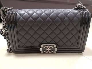 Chanel Boy 25cm 95%新、復古鏈漆皮邊、係BRAND OFF 購入