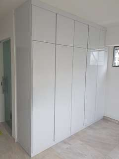 Carpenter customised wardrobe