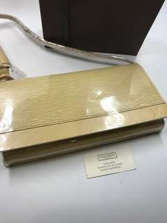 LV 樹紋 側咩袋 購自歐洲 22 x13 保正真品