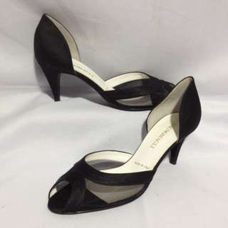 Authentic BRUNO MAGLI Heels Size 36 1/2