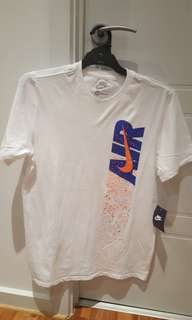 Men's Nike top size M