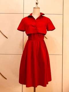 連外套未着過的Carven dress
