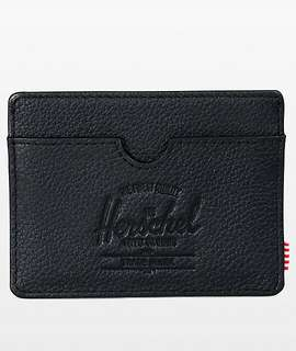 HERSCHEL SUPPLY CO - The Charlie Card Holder in Black Pebbled Leather