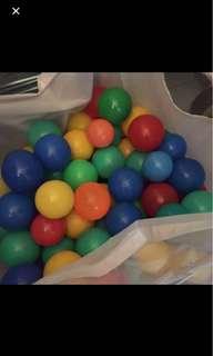 Colourful balls / ball pool
