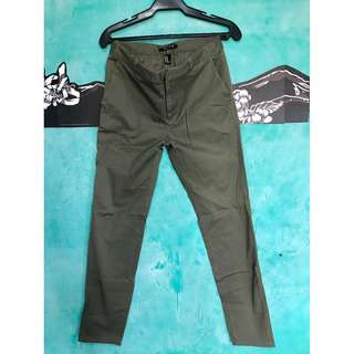 FOREVER 21 Men Olive Green Casual Trousers