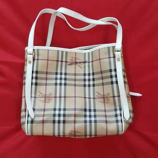 Preloved authentic Burberry Canterbury check tote