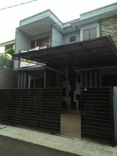 Rumah dlm Cluster 2 lt jatibening (lely 082112866595)
