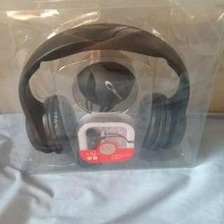 Speaker,headset.