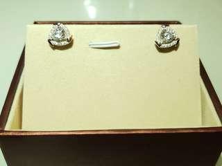 S925 三角形水鑽包白金耳環