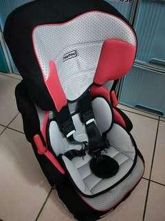 兒童安全座椅 可議