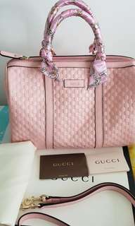 100% authentic Gucci boston Leather with Strap Pink