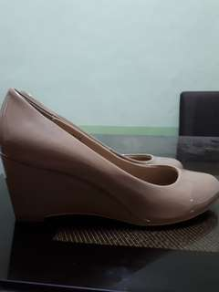 Milano wedge shoes in nude color