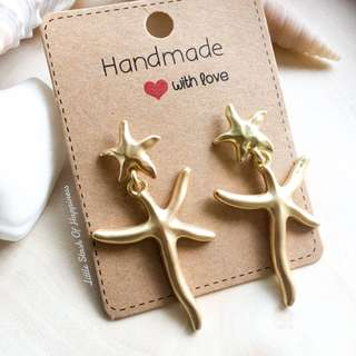 FREE NORMAL MAIL Matte Gold Starfish Hook Earrings