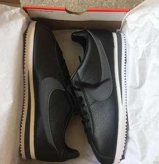 Cortez black leather