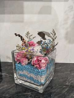 Dried flowers in jar