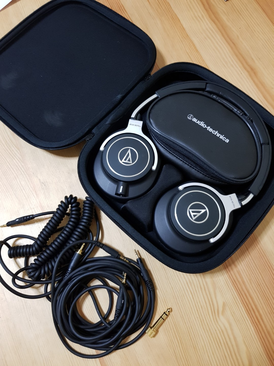 Audio Technica Ath M70x Electronics On Carousell Earphone Solid Bass Cks1100is