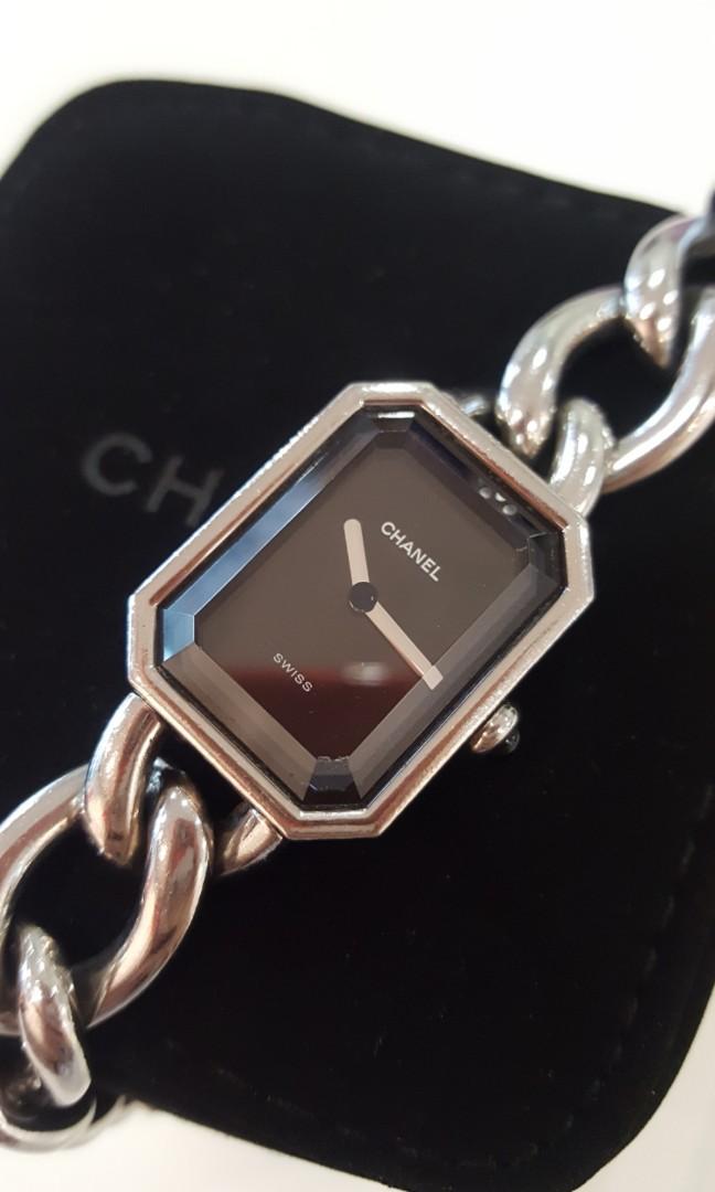 8add242fd286 Authentic Chanel premiere watch S M L silver