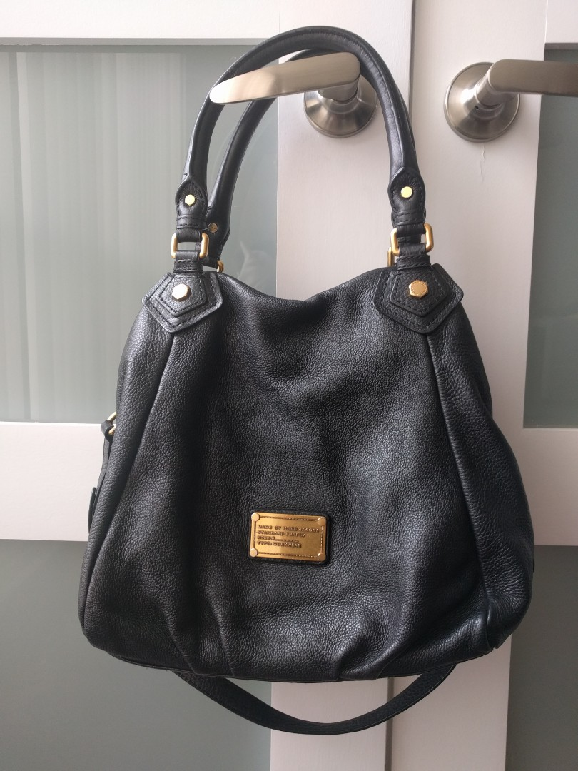 Authentic Marc by Marc Jacobs Fran Q Bag - Black