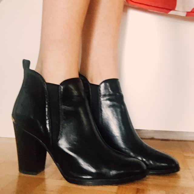 'Brandy' Michael Kors Leather Booties
