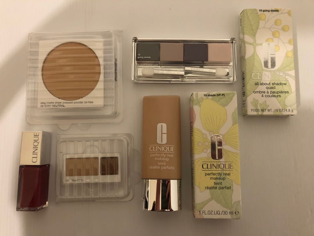 CLINIQUE makeup lot - Retail: $135