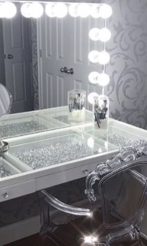 NEW IN BOX - MIRROR RELEASE - THE ULTIMATE SLAY STATION SET UP - 3 DRAWER GLASS TOP