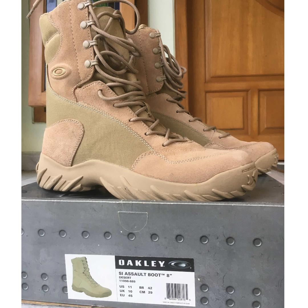 926d87647ff Oakley SI Assault Boots 8 inch tactical (Desert) BNIB, Men's Fashion ...