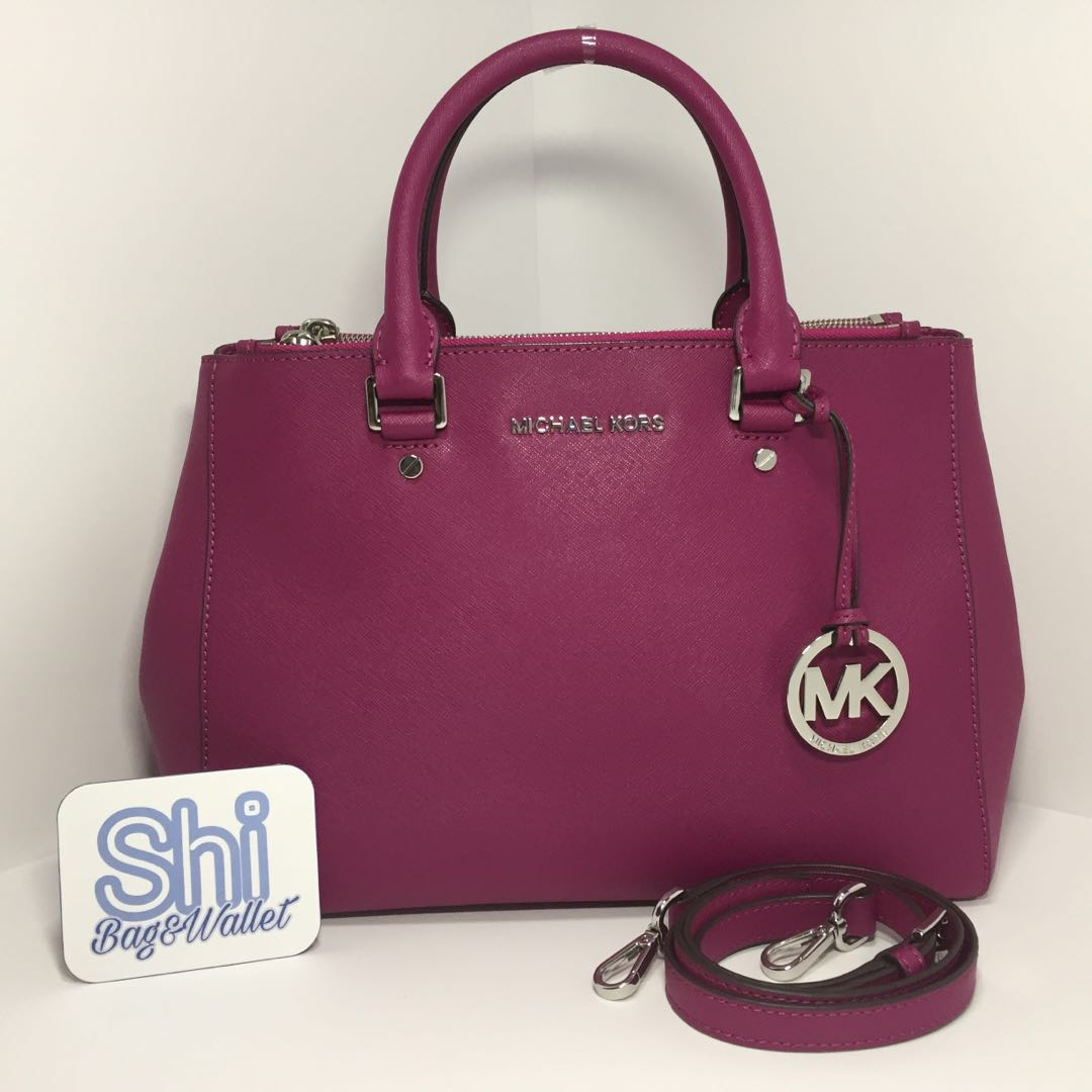 e9f5a7d9b660 Preloved 100% Authentic Michael Kors Sutton Medium Saffiano Leather ...