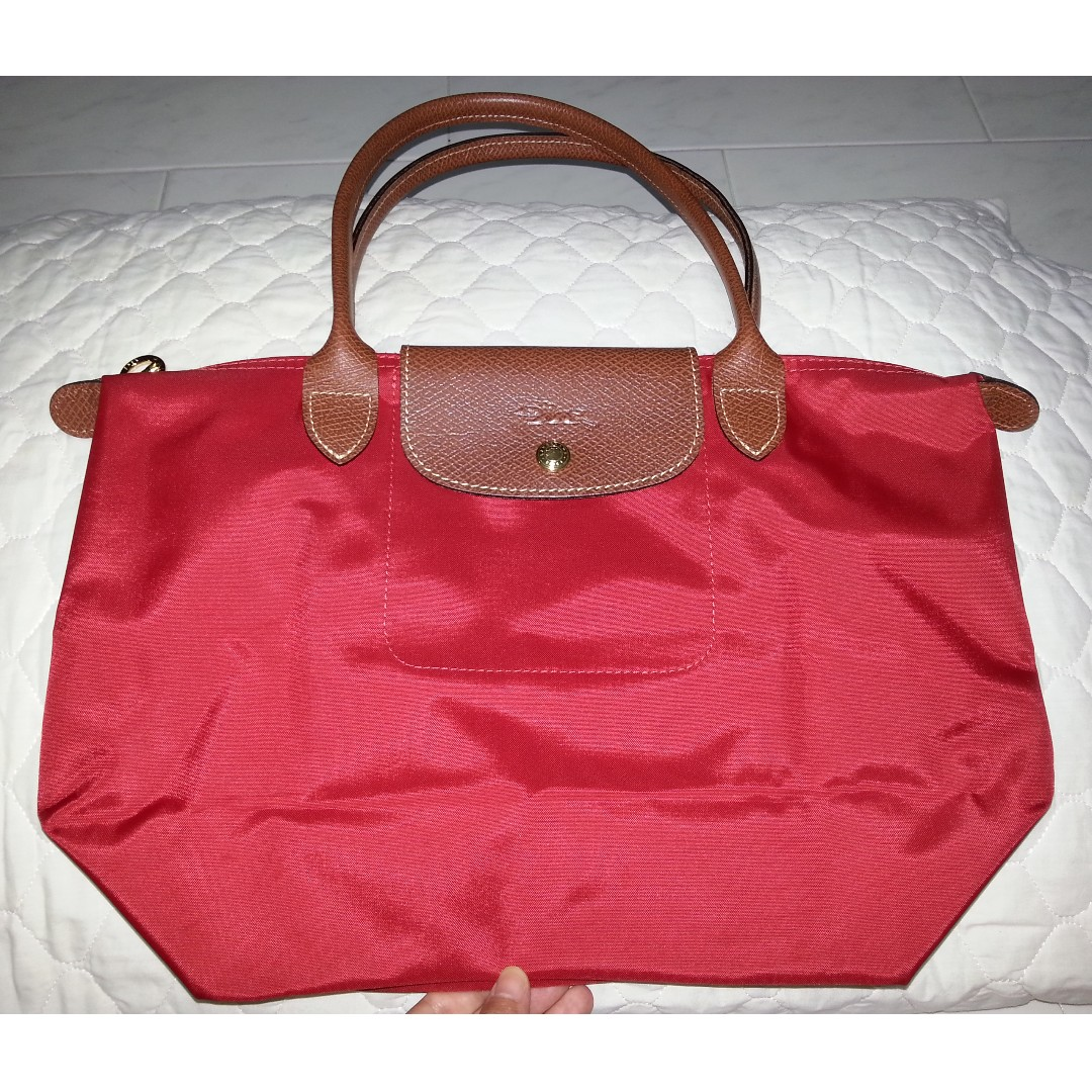 08b18c9e173f Red Longchamp Tote, Women's Fashion, Bags & Wallets on Carousell