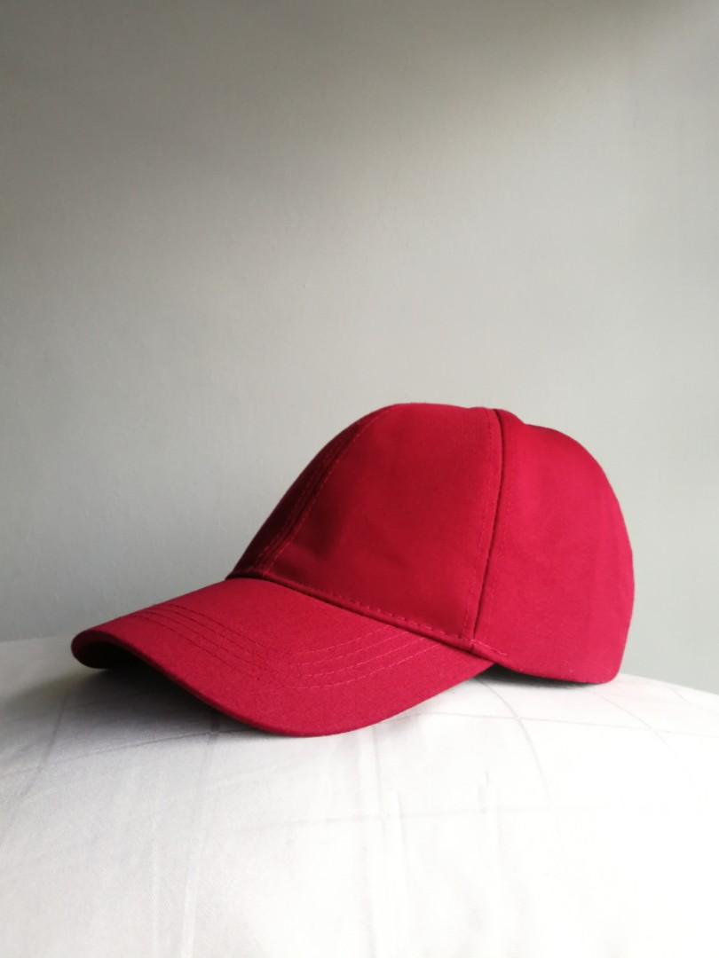 ea5fa467944 ZARA Cap Red