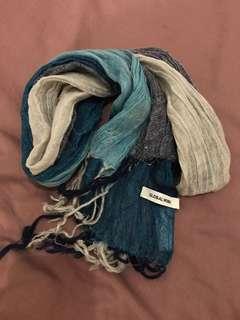 Global work scarf 頸巾