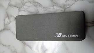 New balance眼鏡盒