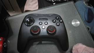 Steelseries Stratus XL gamepad for pc and android