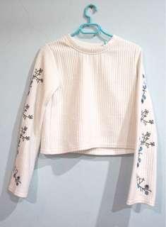 Flower Embroidery Long Sleeve Crop Top