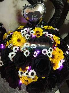 Flower bouquet/hand Bouquet/anniversary Bouquet/proposal Bouquet/graduation Bouquet/Black Beauty Bouquet