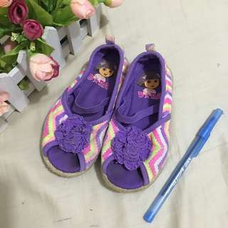 Auth dora shoes bought in usa + free pen