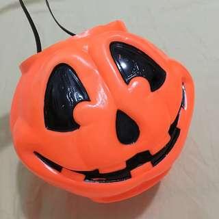 LN Pumpkin pail