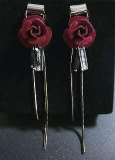 深紅色玫瑰 銀條吊飾耳環