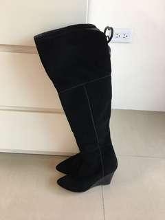 🚚 Zara 真皮 膝上美靴
