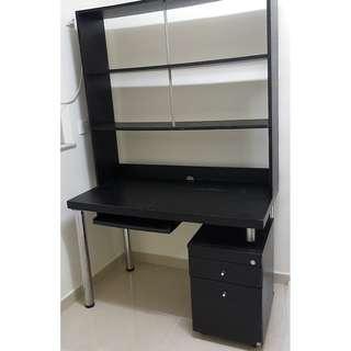 書枱 有櫃桶層架 Work desk with drawers and shelves