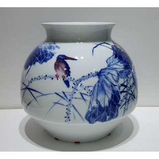 陶瓷美術大師危民旺 -「荷香」青花鬥彩瓷瓶