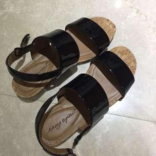🚚 Nine West Sandals