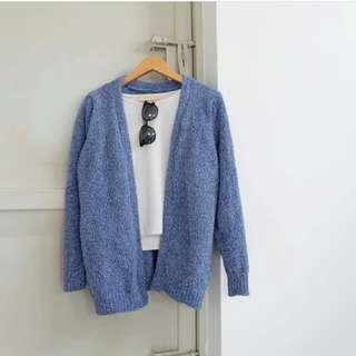 Cardigan/knitwear/sweater