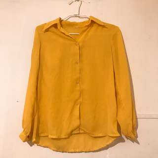 芥黃古著襯衫 x 扣子