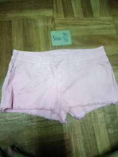 Branded shorts l