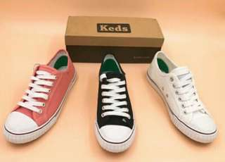 Keds Sneakers White only Size 7