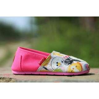 Sepatu wakai anak motif tsum tsum