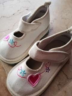 Squeky Heart Shoes