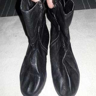Korea Boot Shoes