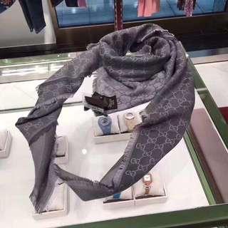 Gucci 薄圍巾